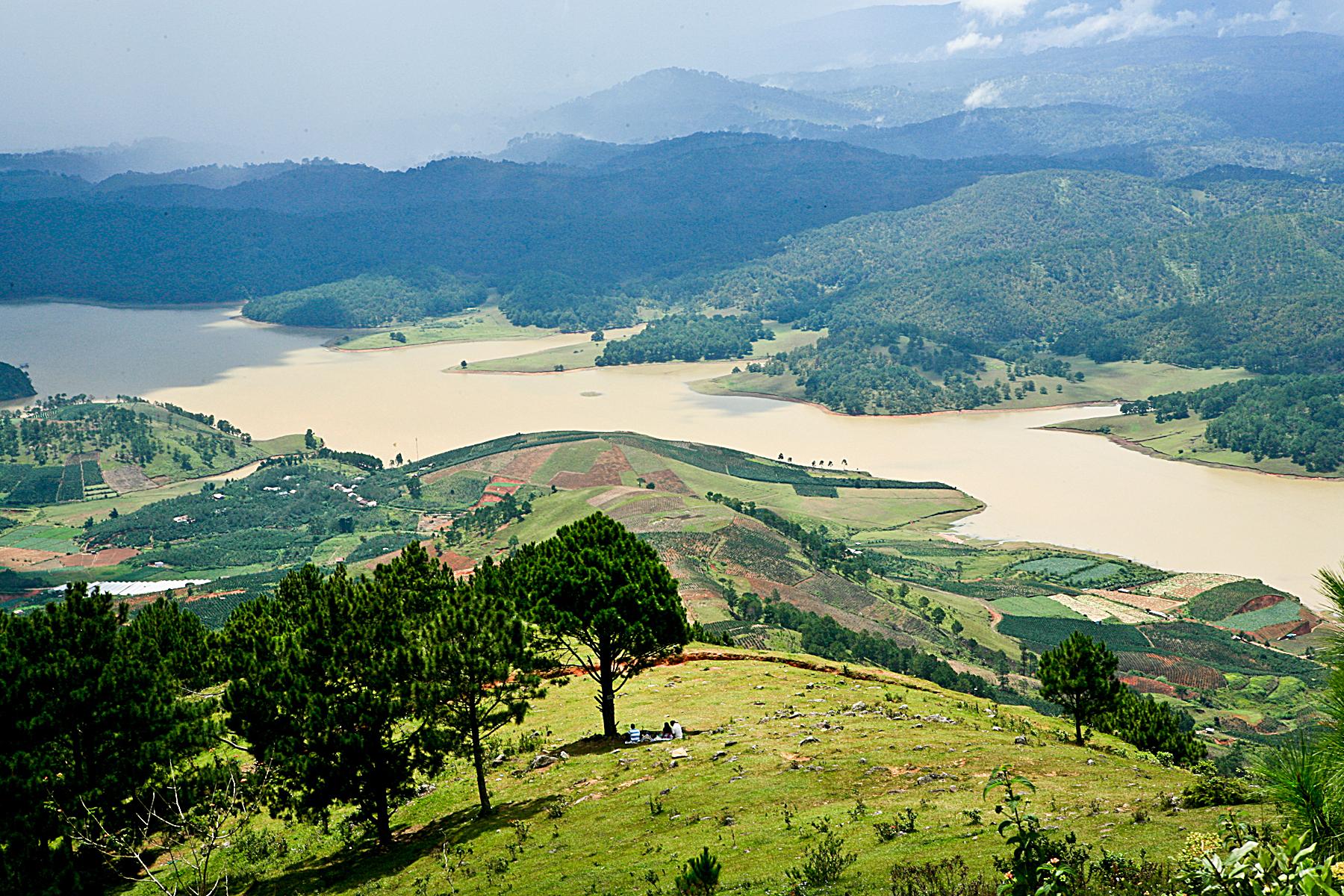 Kết quả hình ảnh cho Núi LangBiang (Xe Jeep khách tự túc)