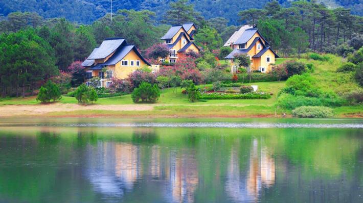 Tour Đà Lạt 3N3D : Du Thuyền Hồ Tuyền Lâm